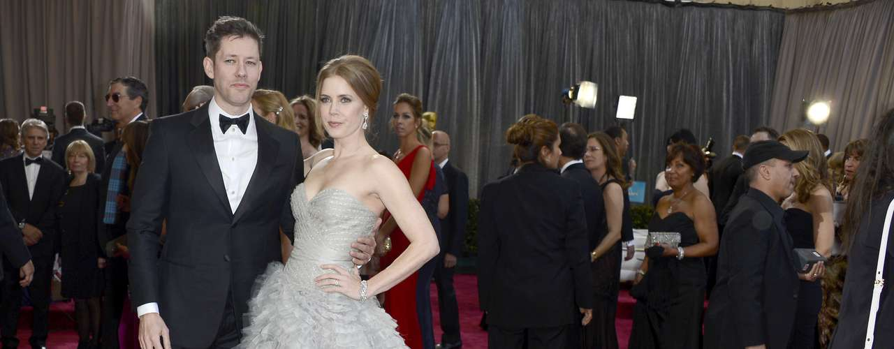 Amy Adams looks radiant next to hubby Darren Le Gallo.