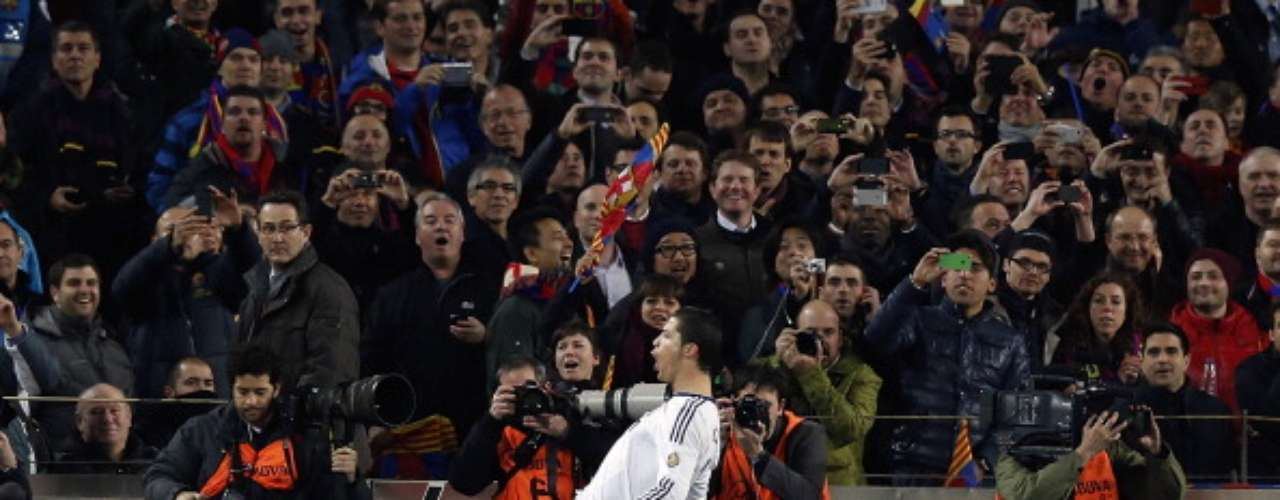Cristiano Ronaldo celebra el primer gol.