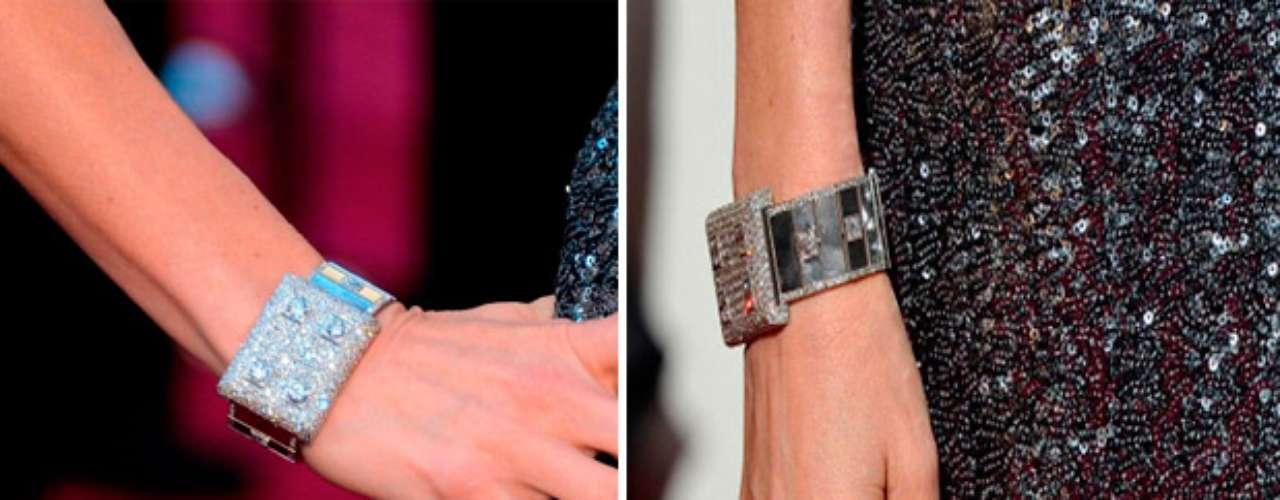 El brazalete de diamantes absolutamente fabuloso de Neil Lane que llevóla actriz serobó la mirada de los fotógrafos.