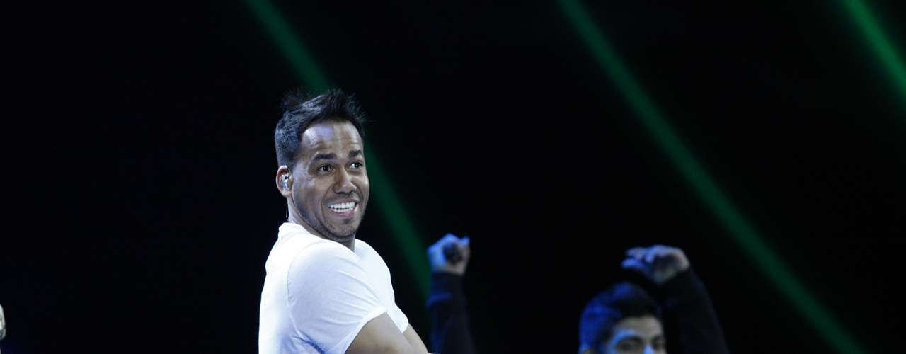 Romeo Santos performs during the International Music Festival of Viña del Mar in Chile last night (February 25). The King of Bachata was all smiles singing hits from this solo album, \