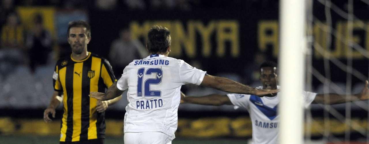 Lucas Pratto le dio la victoria a Vélez en el minuto 87.