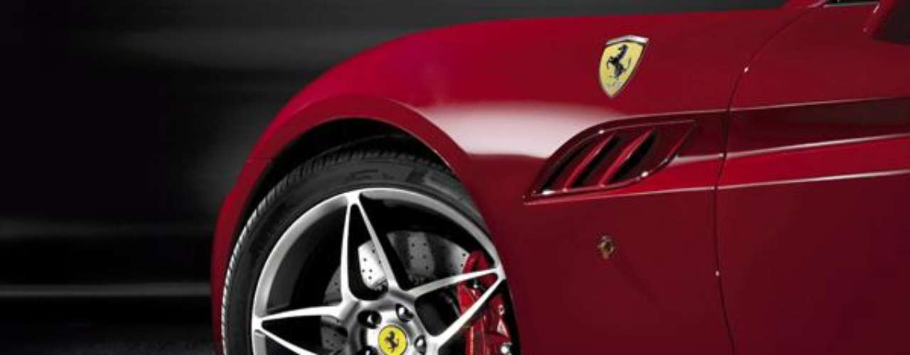 Fotos Ferrari California 30 2013