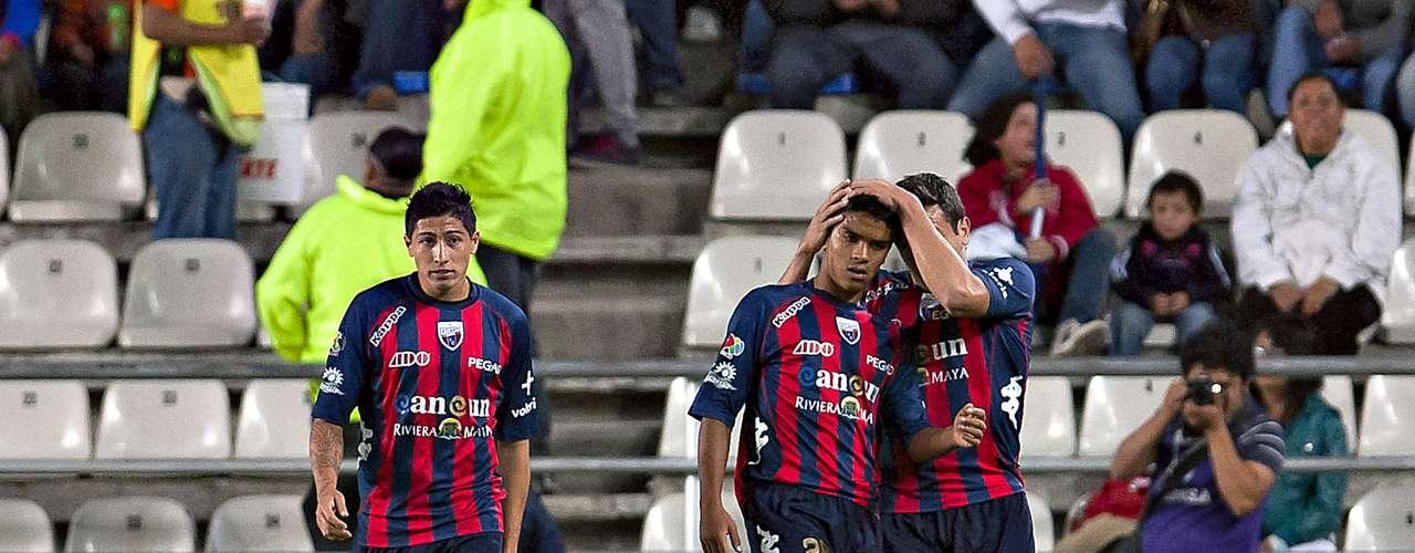 Alberto García empató el juego al minuto 11.