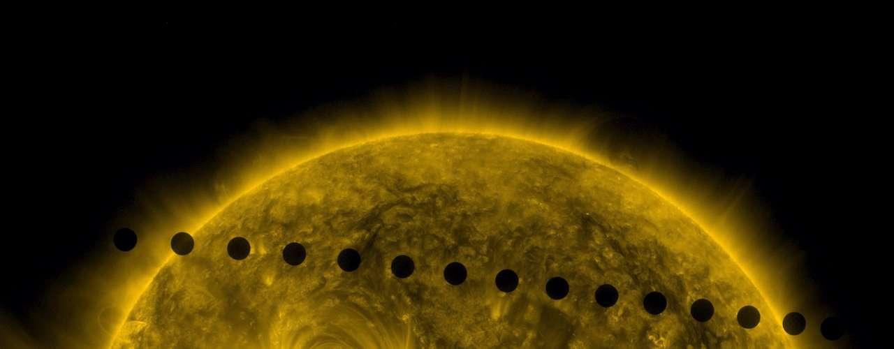 A medida que el Sol aumente hasta 250 veces su tamaño actual, perderá más de un tercio de su masa en un fuerte \