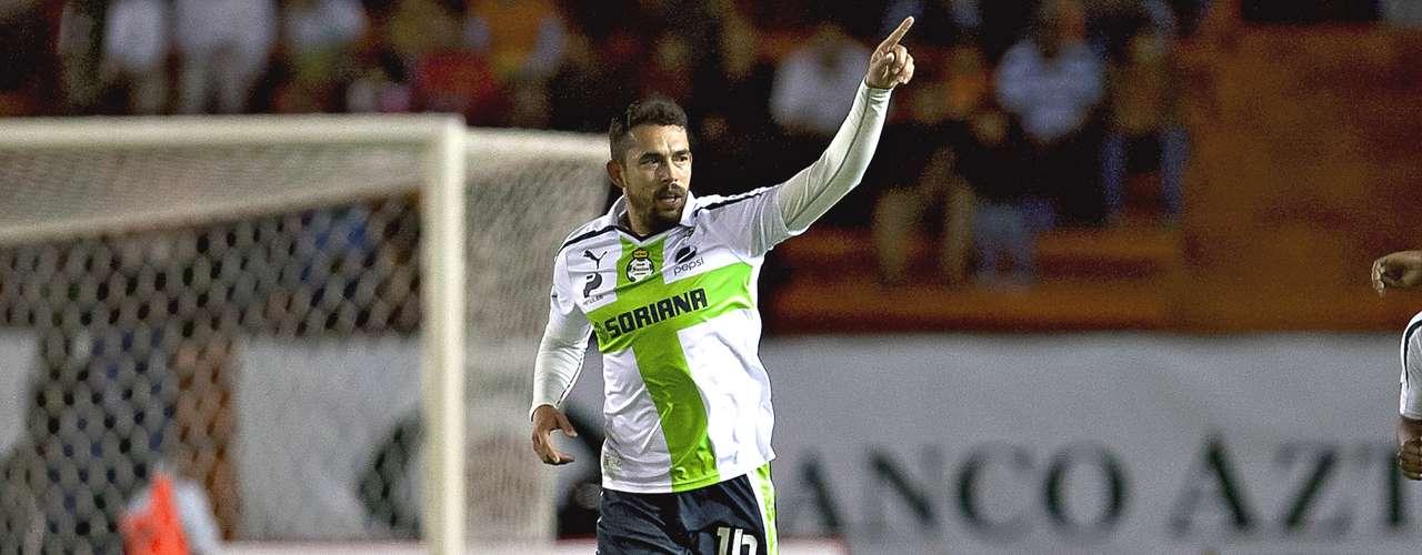 Delantero - Hérculez Gómez - Santos. El estadounidense marcó un doblete en el triunfo ante Jaguares