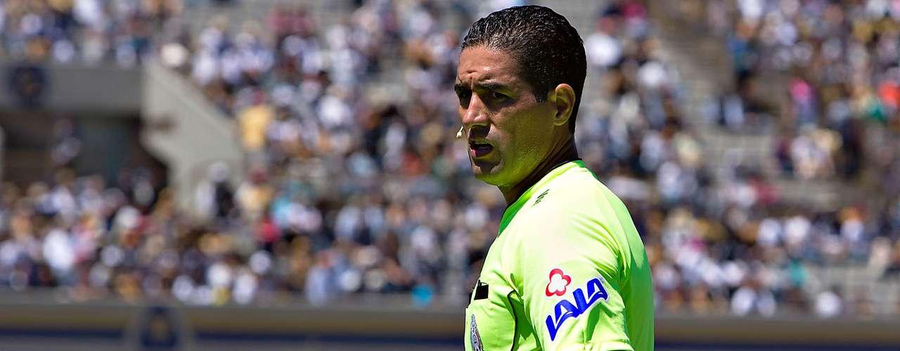 Juan Joel Ragel 'cruzó' a Roberto Gacía Orozco, que invalidó el segundo tanto auriazul; todo quedó empatado 1-1.