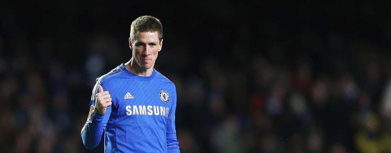 Otro artillero que arranca suspiros por parte de las admiradoras es el español del Chelsea, Fernando Torres. Sin importar que su pelo esté corto o largo, su encantadora cara de niño combina perfectamente con su apodo.