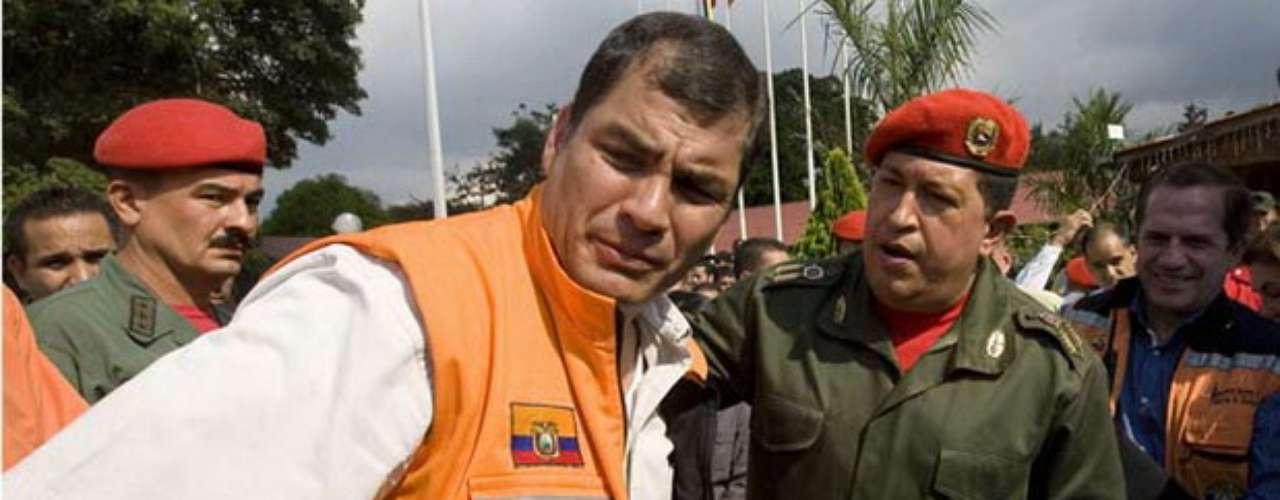 Con la llegada de Rafael Correa al poder (2007), Hugo Chávez consolidó un aliado estrátegico que durante ocho años había tratado obtener. Con Correa al frente del Ecuador, Chávez afianzó el discurso político latinoamericano del que habló desde el inicio de su mandato en 1999.