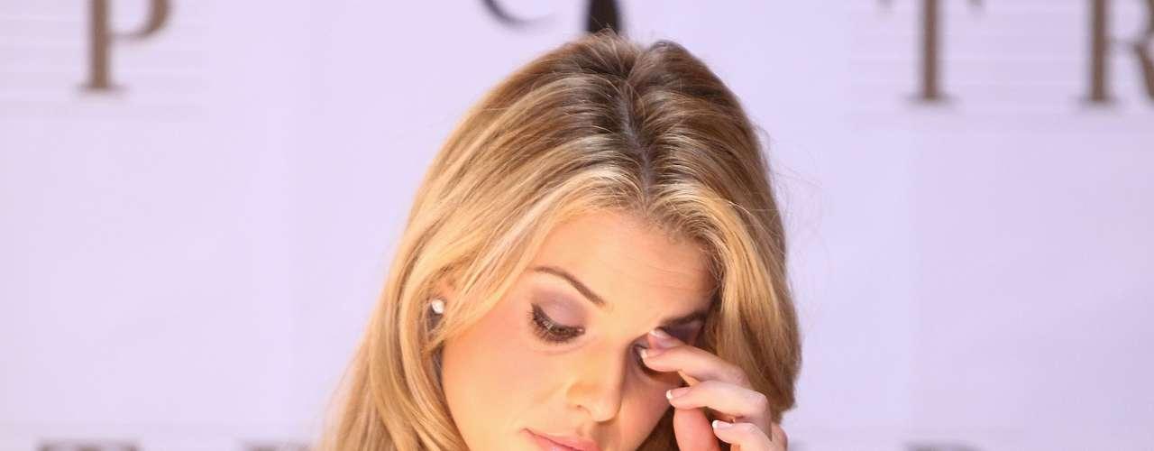 La ex Miss California no se portó como toda una Miss. Carrie Prejean tuvo que enfrentar el escándalo de un video erótico que la involucraba.