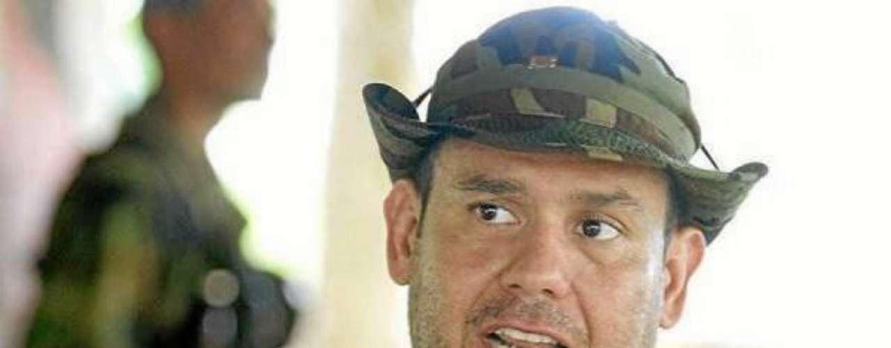 Sin embargo, la Corte Suprema de Justicia no considera que las pruebas sobre el fallecimiento de Carlos Castaño sean contundentes y lo condenó en ausencia a 28 años de cárcel por la Masacre de Mapiripán, perpetrada en 1997.