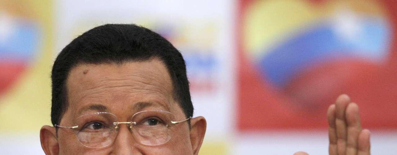 Aunque en el 2012 Obama dijo que deseaba mejorar las relaciones con Venezuela, añadió que, desafortunadamente, hay una tendencia de parte del gobierno venezolano a usar a Estados Unidos como excusa para el fracaso de algunas de sus políticas internas. Y también a causar problemas para algunos de sus vecinos.