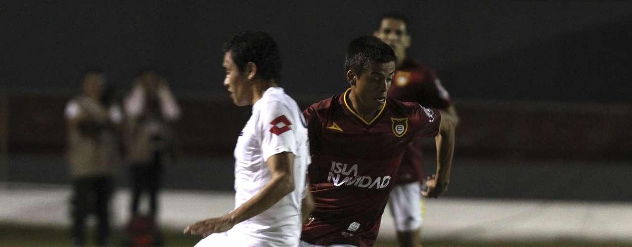 Con goles de Diego Martiñones y Christian Mejía, Estudiantes Tecos le dio sus clases 2-0 a Estudiantes de Altamira, para arribar a la quinta posición en la Liga de Ascenso MX.