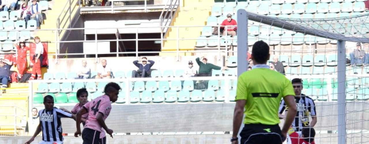 Siena salió radiante de Palermo, donde triunfó 2-1.