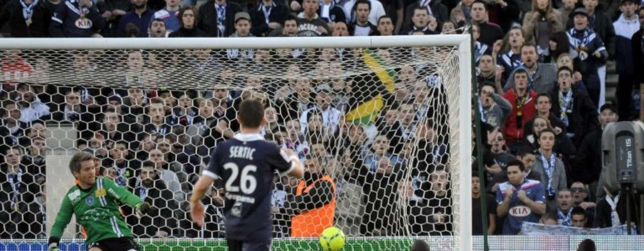 Burdeos dio cuenta 1-0 del Bastia.