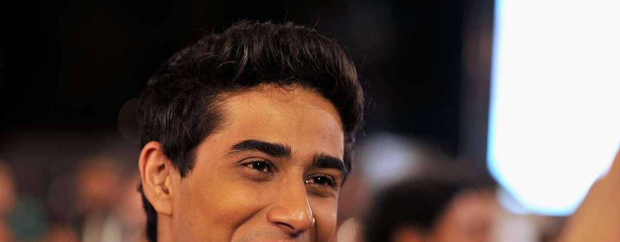 Suraj Sharma protagonizó 'Life of Pi' y por su papel fue nominado como 'Revelación' del 2013. Competirá contra favoritos como Quvenzhané Wallis, Rebel Wilson y Ezra Miller.