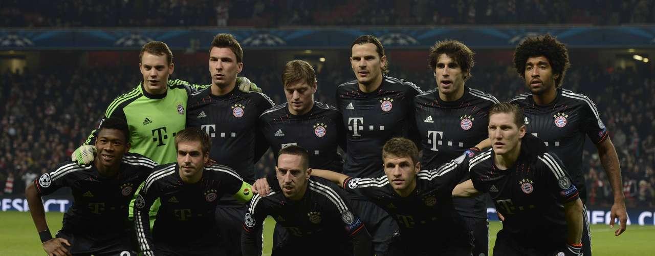 Conjunto: Al mismo tiempo de tener a sus individualidades en un momento muy dulce, juntos han ido mejorando año con año y hoy se puede asegurar que se conocen a la perfección, un mal día del rival combiando con uno bueno del Bayern y la goleada es de escándalo.
