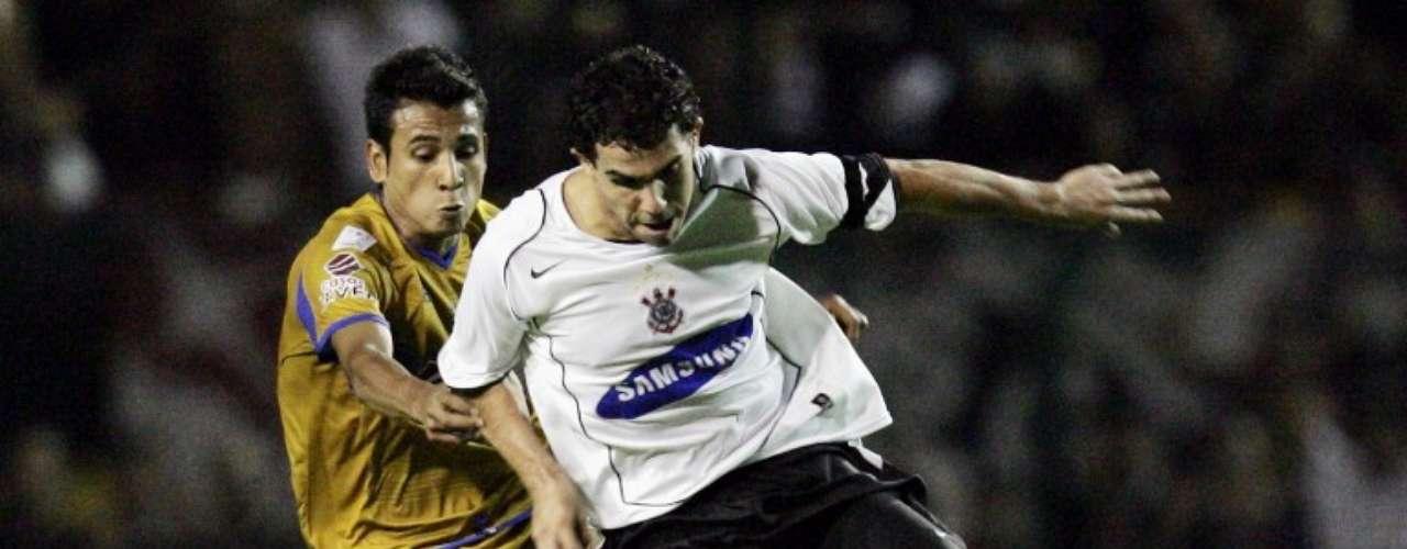 2006 - Corinthians 1-0 Tigres - Fase de Grupos