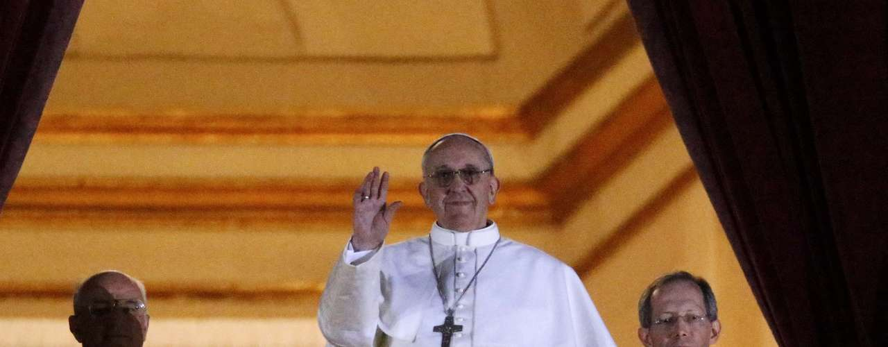 Bergoglio es notorio por haber modernizado la Iglesia argentina que había estado entre las más conservadoras de Latinoamérica.