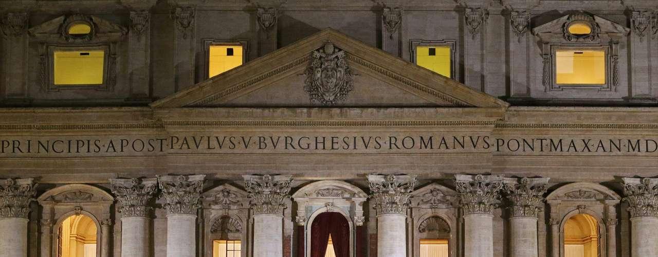 Una bella postal de la Basílica de San Pedro donde esta noche el jesuita argentino fue dado a conocer al mundo como el nuevo papa y sucesor de Benedicto XVI.