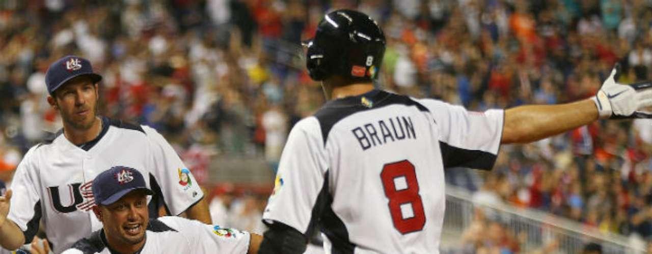 David Wright remolcó cinco carreras y Estados Unidos quedó a un paso de las semifinales del Clásico Mundial de Béisbol al vencer el martes por 7-1 a Puerto Rico.