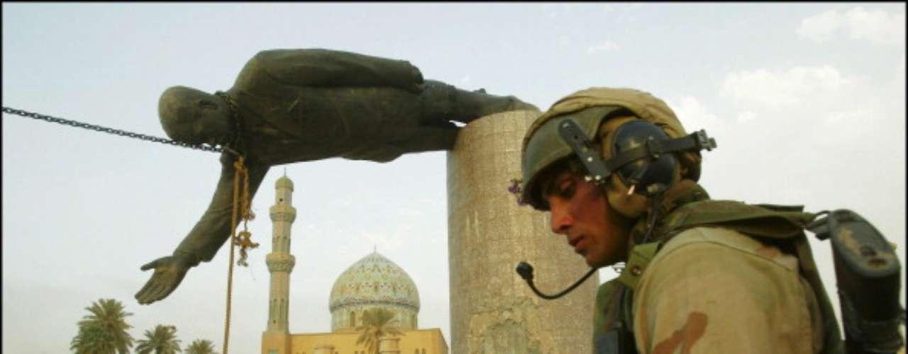 El atentado contra un mausoleo chiíta de Samarra al norte de Bagdad, el 22 de febrero 2006, desencadenó un conflicto confesional de una violencia sin precedentes.
