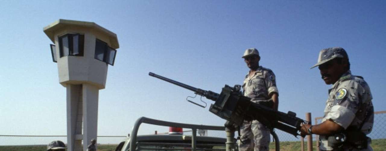 En si, la guerra no duró mucho tiempo. Los bombardeos comenzaron el 19 de marzo 2003, la víspera de la ocupación. Bagdad cayó el 9 de abril, y el 1 de mayo Bush proclamó \