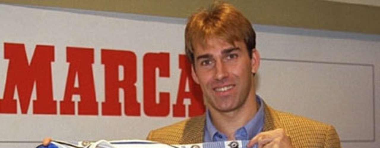 Para el Verano 98', el español Rafael Martín Vázquez también aterrizó en el Celaya; sin embargo, soló coincidió con Butragueño, su otrora compañero en el Madrid.