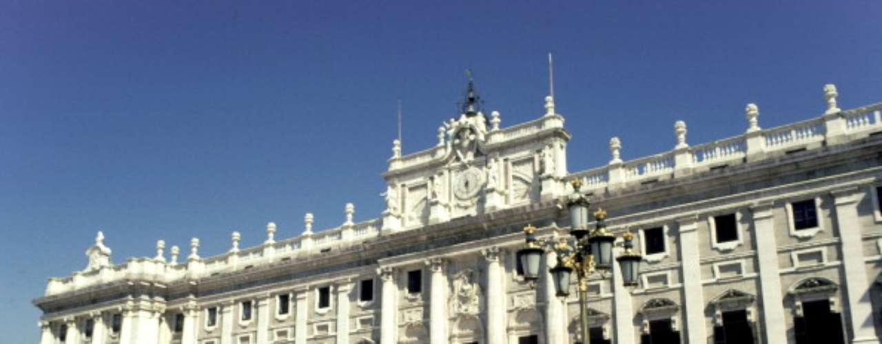 España repite el puesto 23, con una esperanza de vida de 81,6 años, 10,4 años de escolaridad y un ingreso bruto per cápita de 25.947 dólares.