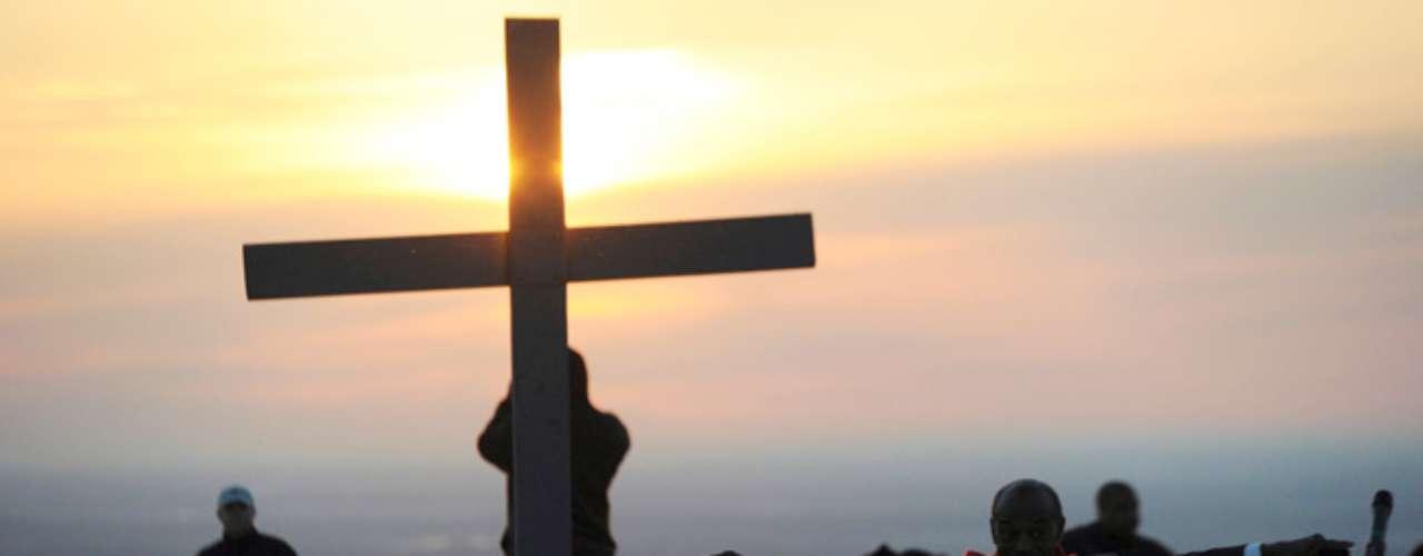 Pero el Viernes Santo al parecer son más los que recuerdan el día de duelo por la muerte de Jesús y en muchos restaurantes se ofrecen más platos sin carnes rojas y una variedad de vegetales.