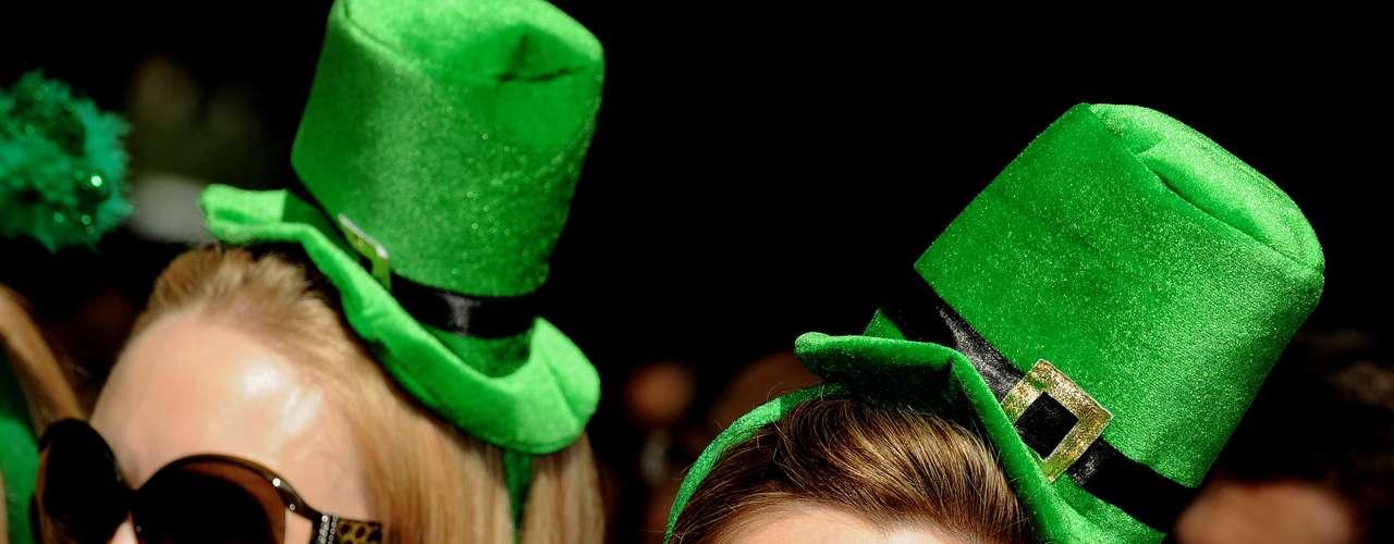 El verde, el color de la primavera en Irlanda, también conmemora la esperanza y la alegría.
