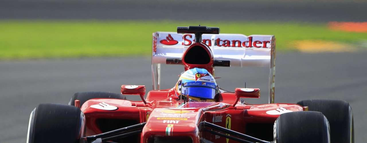 Parceiro de Massa na Ferrari, espanhol Fernando Alonso andou à frente do brasileiro no segundo treino livre e terminou em sexto