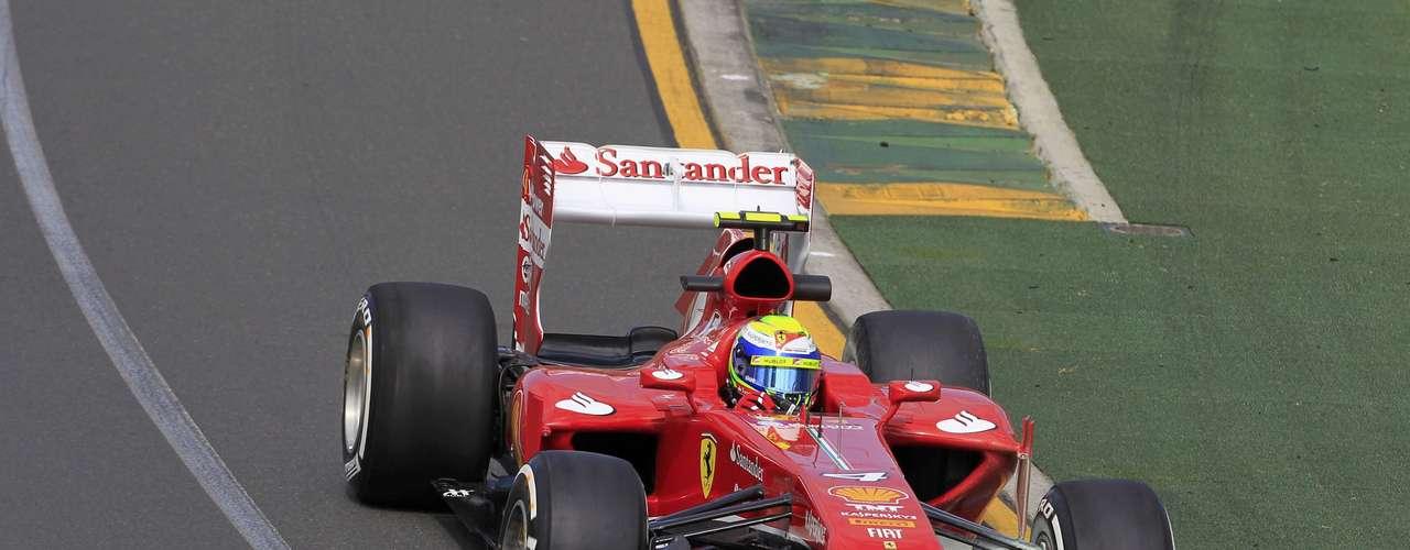 Único brasileño entre los participantes para 2013, Felipe Massa quedó segundo en el entrenamiento libre, pero octavo tomando en cuenta los dos ensayos de este viernes.