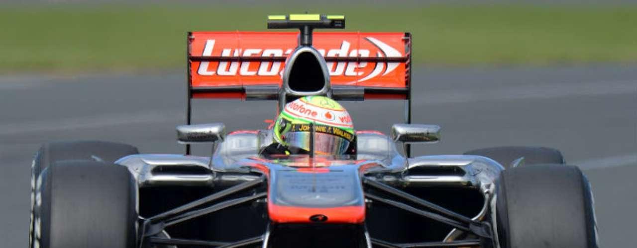El Gran Premio de Australia contó con 323 mil aficionados en todo el fin de semana, para romper la marca de asistencia del 2005 en el Melbourne Park.