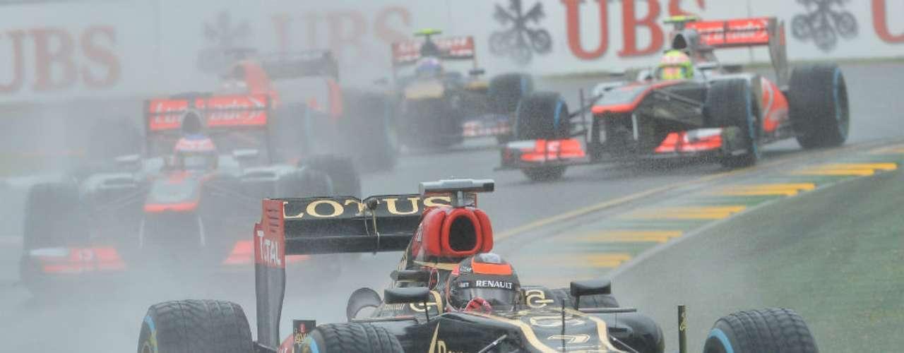 Kimi Raikkonen tuvo una gran estrategia en los pits de parte de su equipo y se convirtió en el primer ganador de la temporada.
