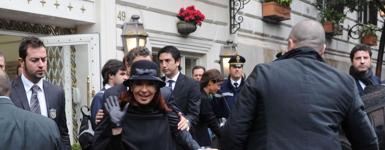 La Presidentase trasladó desde el Hotel Eden donde se encuentra hospedada a las 8.30 de Argentina,