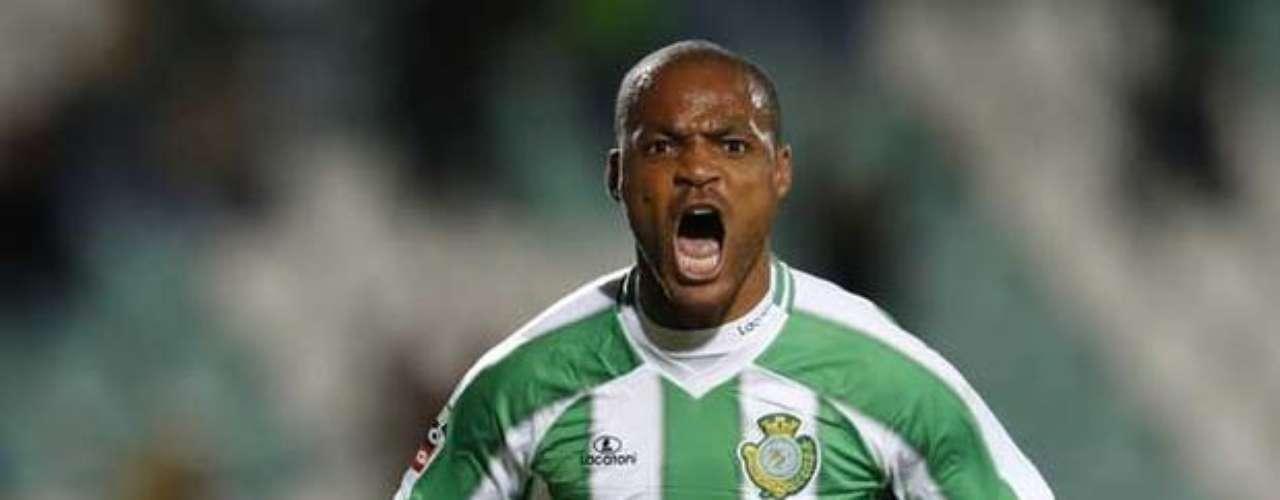 3. El tercer lugar es para el delantero camerunés del Vitória Setúbal, Albert Meyong, quien lleva 13 goles esta temporada. Este fin de semana no anotó.