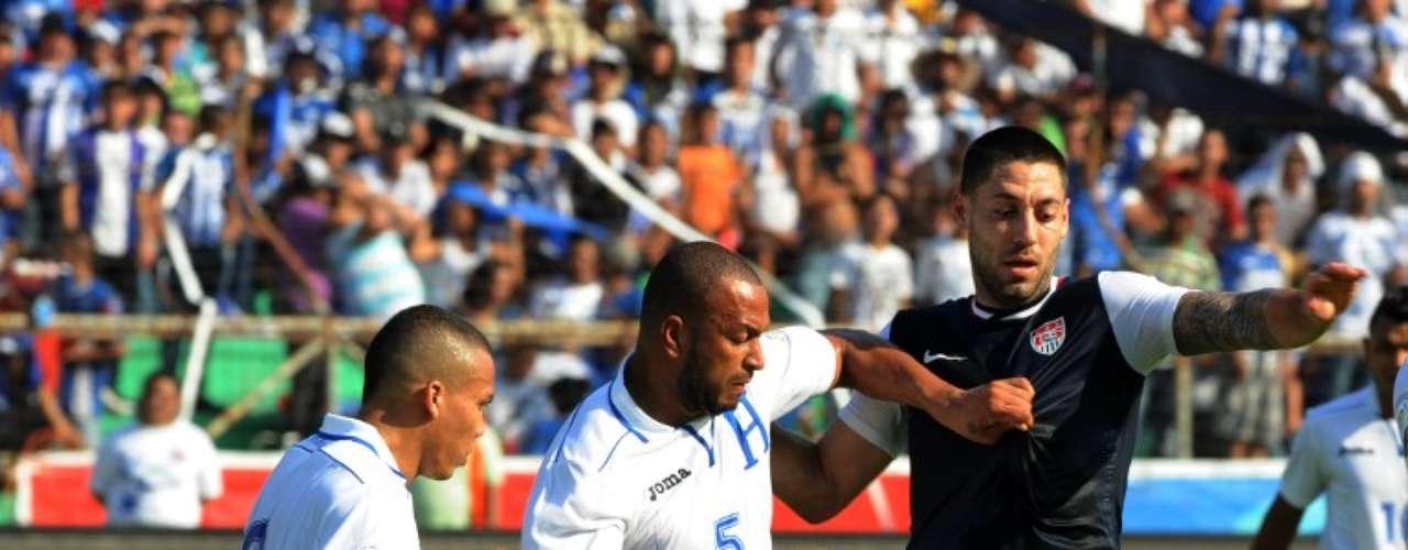 Víctor Bernárdez, es uno de los mejores defensas de la MLS, juega para elSan José Earthquakes.