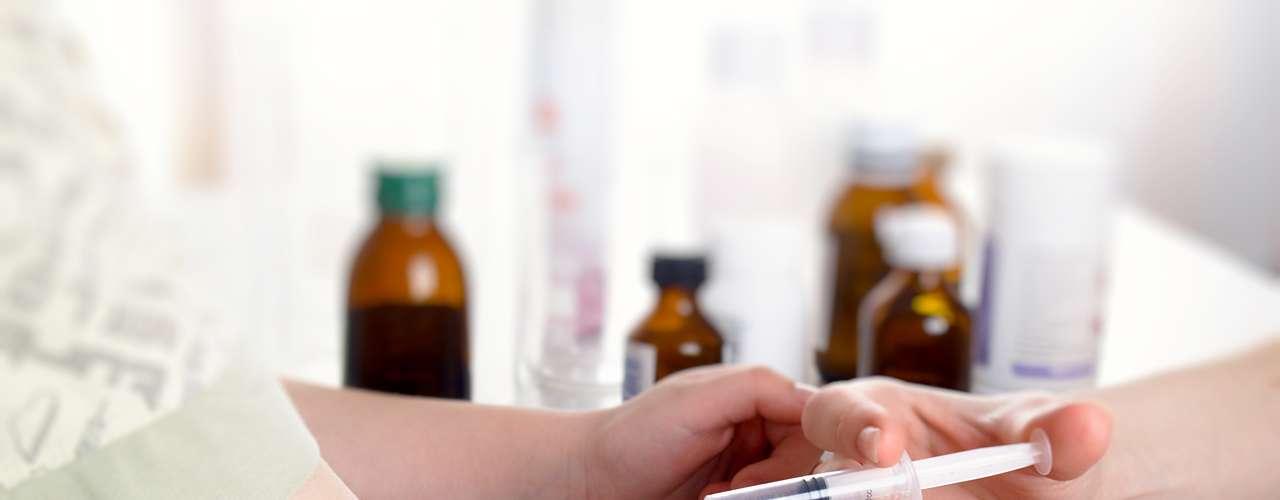 La tuberculosis multirresistente (tuberculosis MR) no responde a los tratamientos convencionales y su tratamiento es difícil y costoso. La tuberculosis multirresistente (tuberculosis MR) es un tipo de tuberculosis que está presente en la práctica totalidad de los países estudiados por la OMS. La principal causa de la multirresistencia es el uso inapropiado o incorrecto de los medicamentos antituberculosos