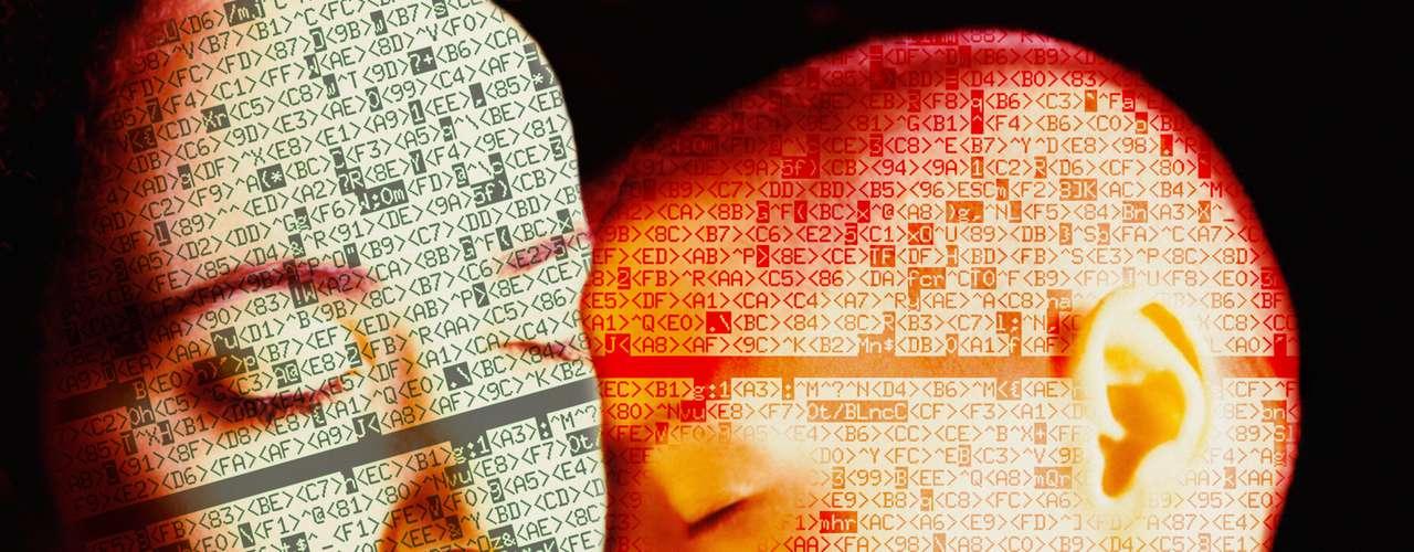 Aunque el principal uso que actualmente se le está dando a esta revolución tecnológica está relacionado con el sexting, el objetivo de su creación no era el mismo. Documentos importantes, información confidencial o conversaciones privadas también tienen cabida en esta nueva tendencia tecnológica. ¿Te apuntas al último grito en tecnología? ¿A ser un trendy digital? ¿A difundir de forma segura?