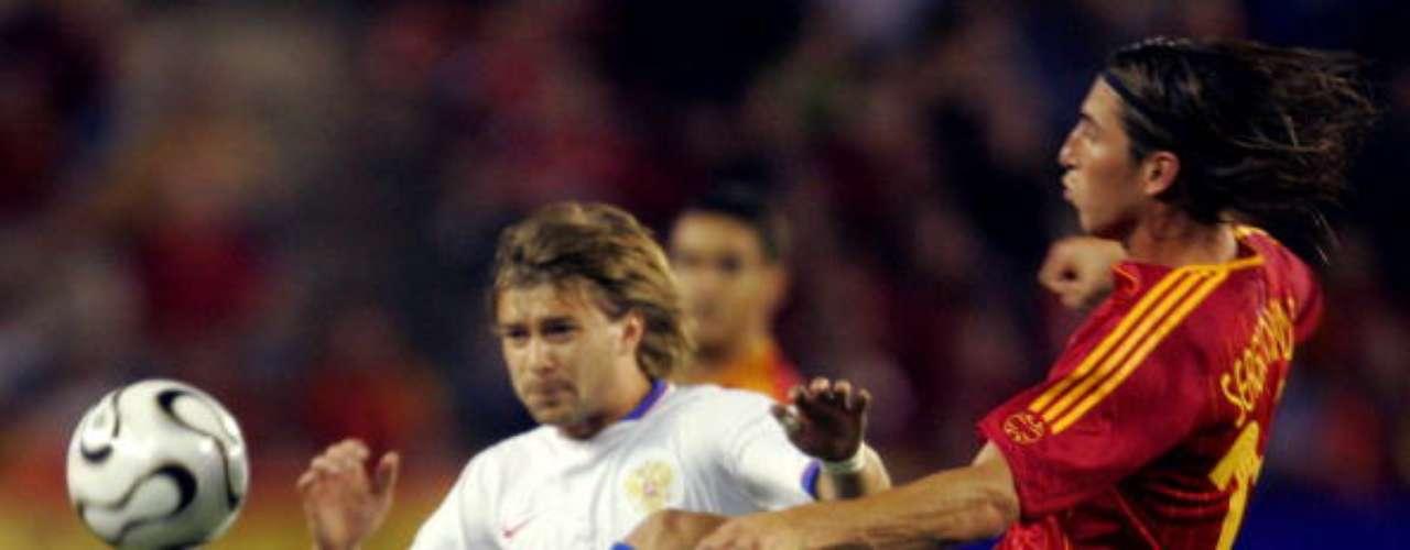 Ramos juega su primer partido en un mundial, Alemania 2006