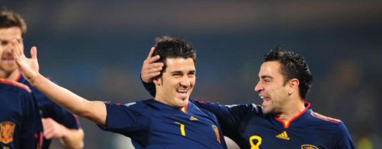 Mundial de Sudáfrica 2010. Villa abre la lata ante Chile. Era el segundo de los cinco goles que anotó en aquel Mundial.