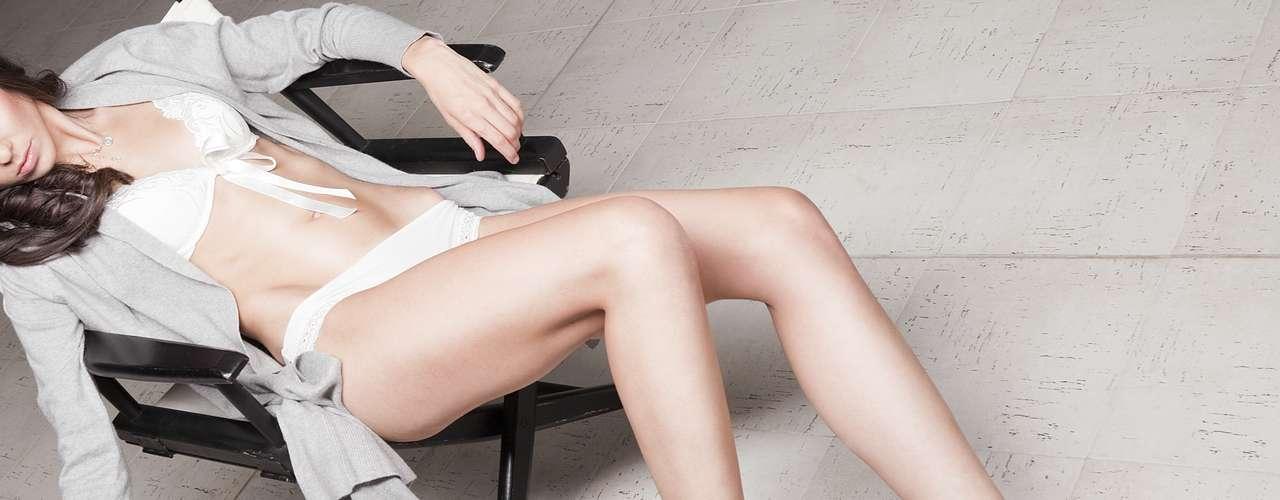 Bangover. Es la condición experimentada después de una buena noche de sexo, es esa resaca muscular, ese dolor tardío que aparece pero siendo mucho más placentero y feliz que la incomodidad que produce una dura sesión deportiva.