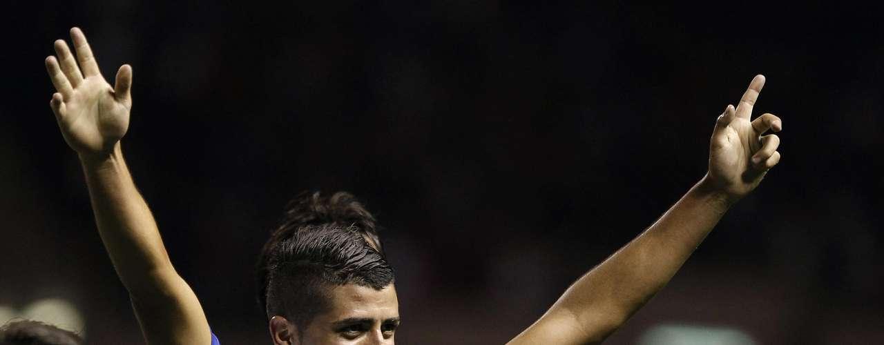 Por otra parte, en el Estadio Nacional, de San José, Costa Rica derrotó 2-0 a Jamaica, consiguiendo su primera victoria en el hexagonal final. Los goles fueron de Michael Umaña (22') y Diego Calvo (en la foto) (82').
