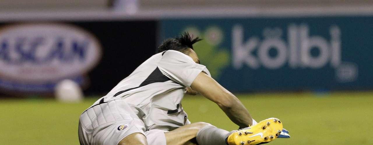 Una de las figuras de los ticos fue el portero Keylor Navas, quien evitó que varias opciones de los jamaicanos se convirtieran en gol.