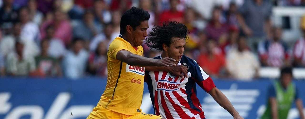 En el torneo Clausura 2009 Chivas venció 1-0 a las Águilas con gol de cabeza de Sergio Amaury Ponce, a pase de Alberto Medina.