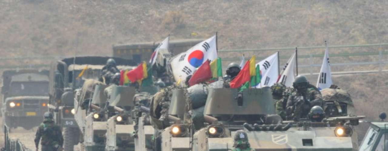 El pasado 27 de marzo Corea del Norte decidió romper la línea directa militar de comunicación con Seúl. El mismo día, Corea del Norte envió un mensaje al Consejo de Seguridad de la ONU diciendo que la situación en la península coreana está al borde de la guerra nuclear.