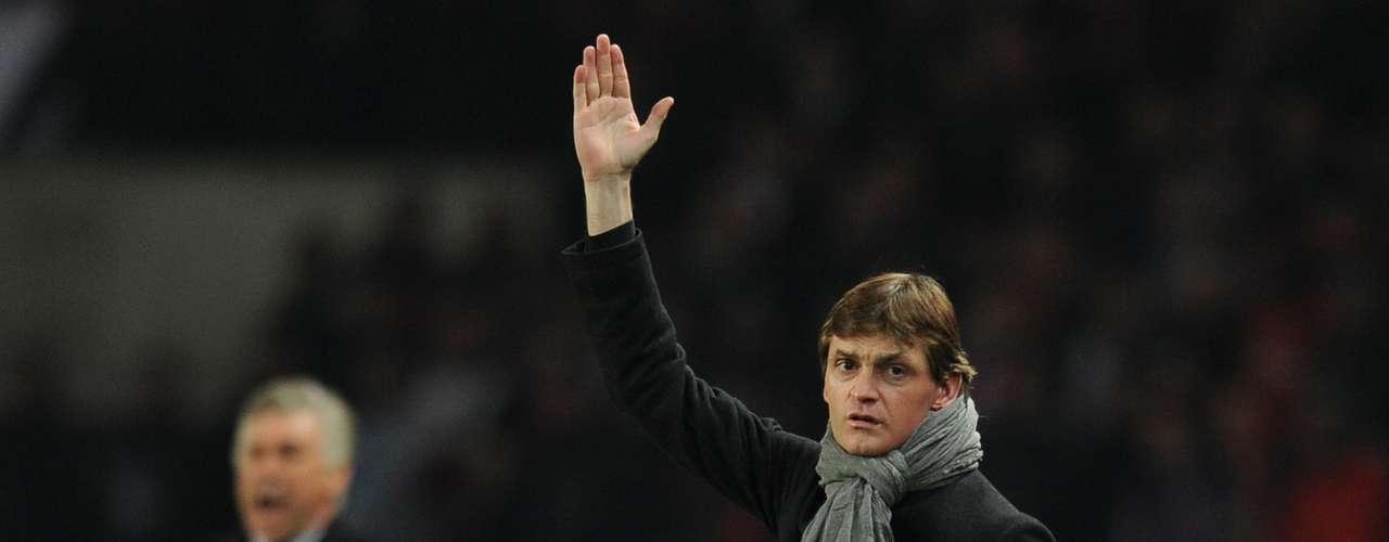 El empate preocupó bastante a Tito Vilanova, quien no dejó de instar a sus jugadores para que buscaran el segundo gol.