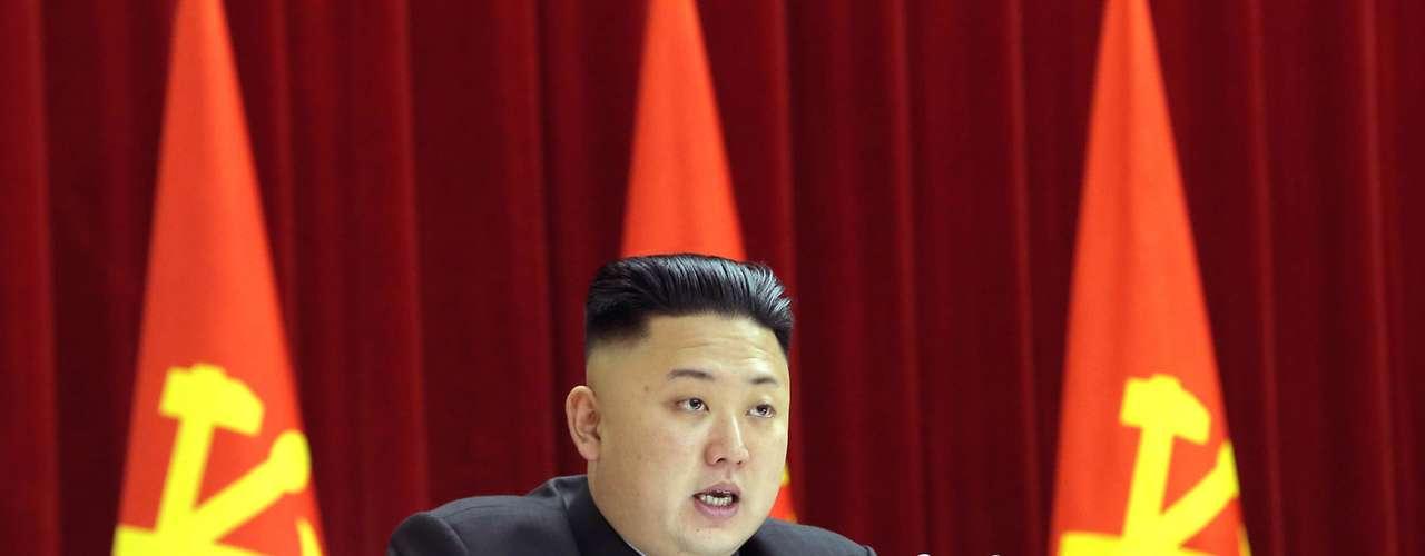 El clima de tensión se refuerza después de se conociera la existencia de un nuevo programa de enriquecimiento de uranio por parte de Corea del Norte, al que Washington calificó como una provocación y Tokio de \