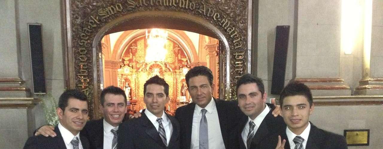 Hace dos semanas, Los Primos Mx, recibieron la invitación por parte de la producción de Juan Osorio, para interpretar su tema \