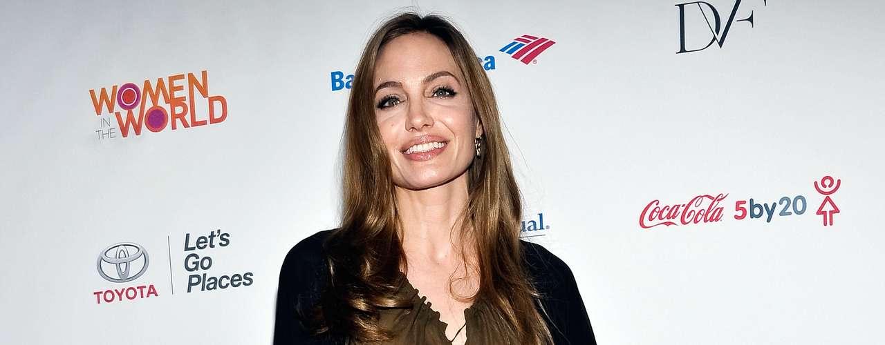 Angelina también estuvo de viaje visitando países como parte de su trabajo como embajadora de la ONU.